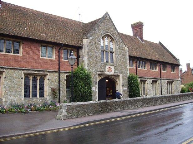 1200px-Wye-college